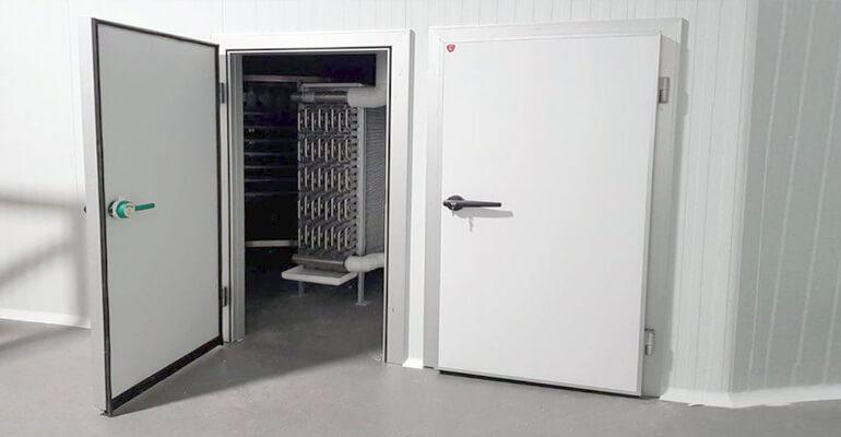 انتخاب دربسردخانه - دربهای لولایی سردخانه